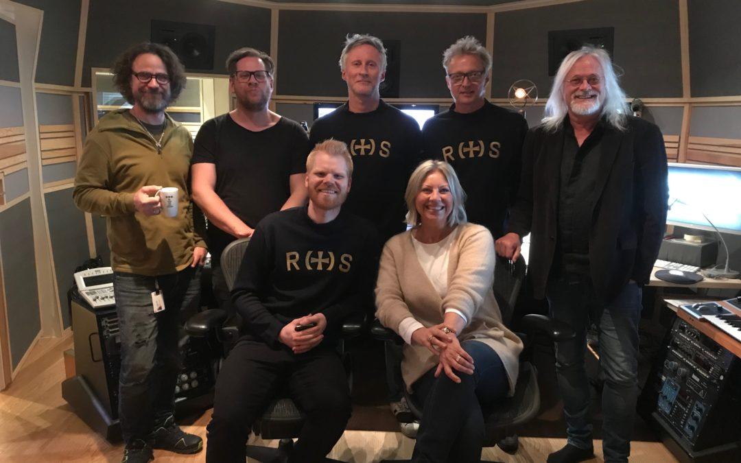 Lene Jarlsby og Pål Rake hyller havets helter